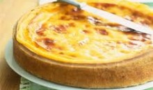 custard tart with prune kernel oil