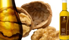 Bottle of Perles de Gascogne walnut oil