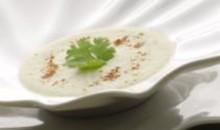 velouté de concombre coco et huile de noisette Perles de Gascogne